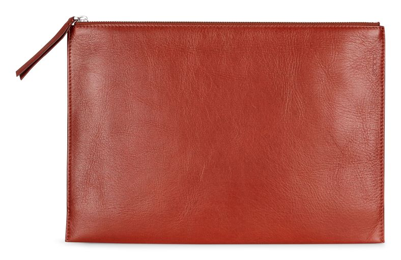Sculptured Day Clutch (Red)