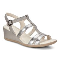 SHAPE 35 WEDGE SANDAL (رمادي)