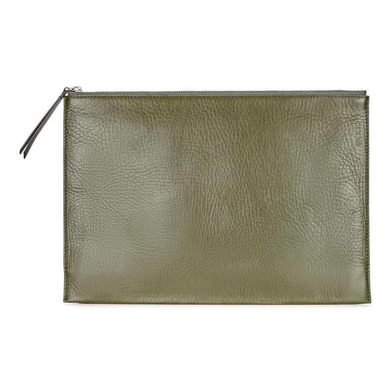 Sculptured Day Clutch (Brown)