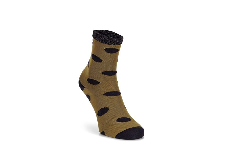 Contrast Dotted Socks Wom